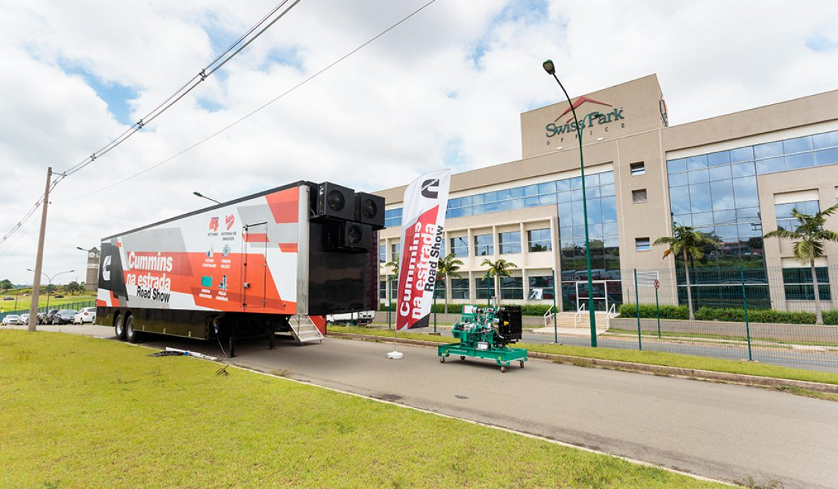 Swiss Park Office recebe evento Cummins na Estrada